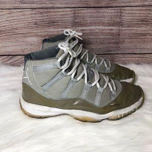 Jordan 11 Retro Cool Grey (Year 2000)